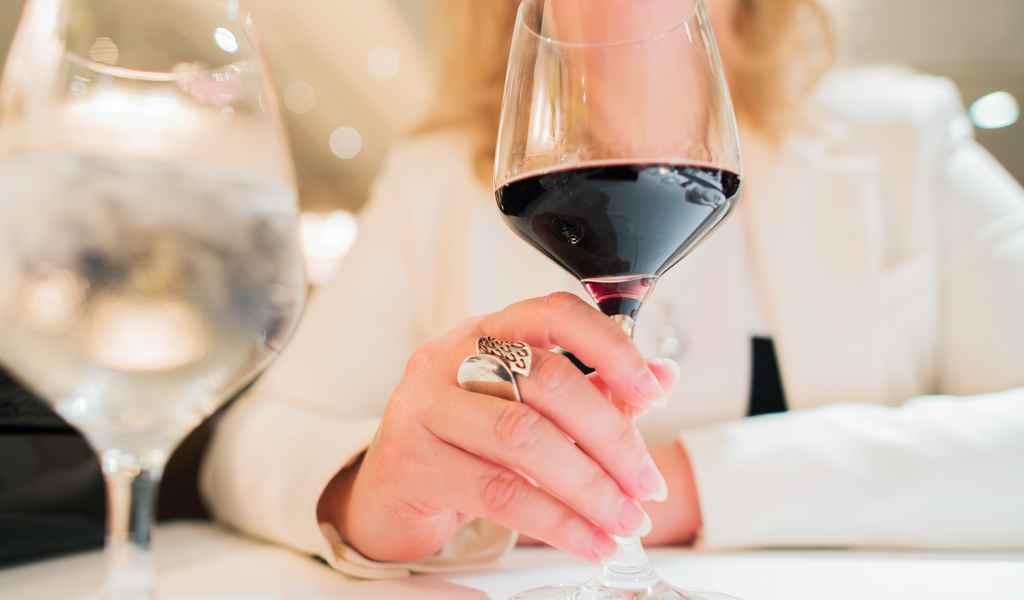 Лечение женского алкоголизма в Белом Расте анонимно